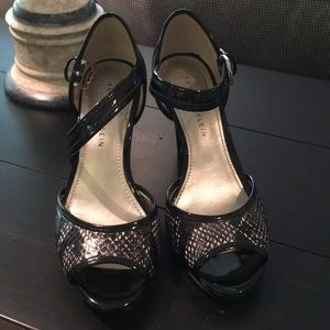 SIZE 6 Black heels with ankle strap